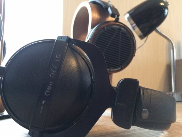 Sideview of Beyer DT 770 Pro 80 Ohm