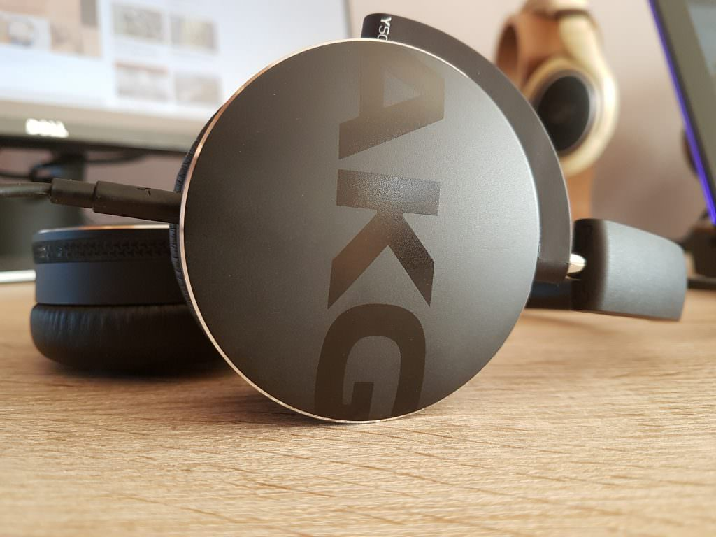 AKG Logo on the Y50