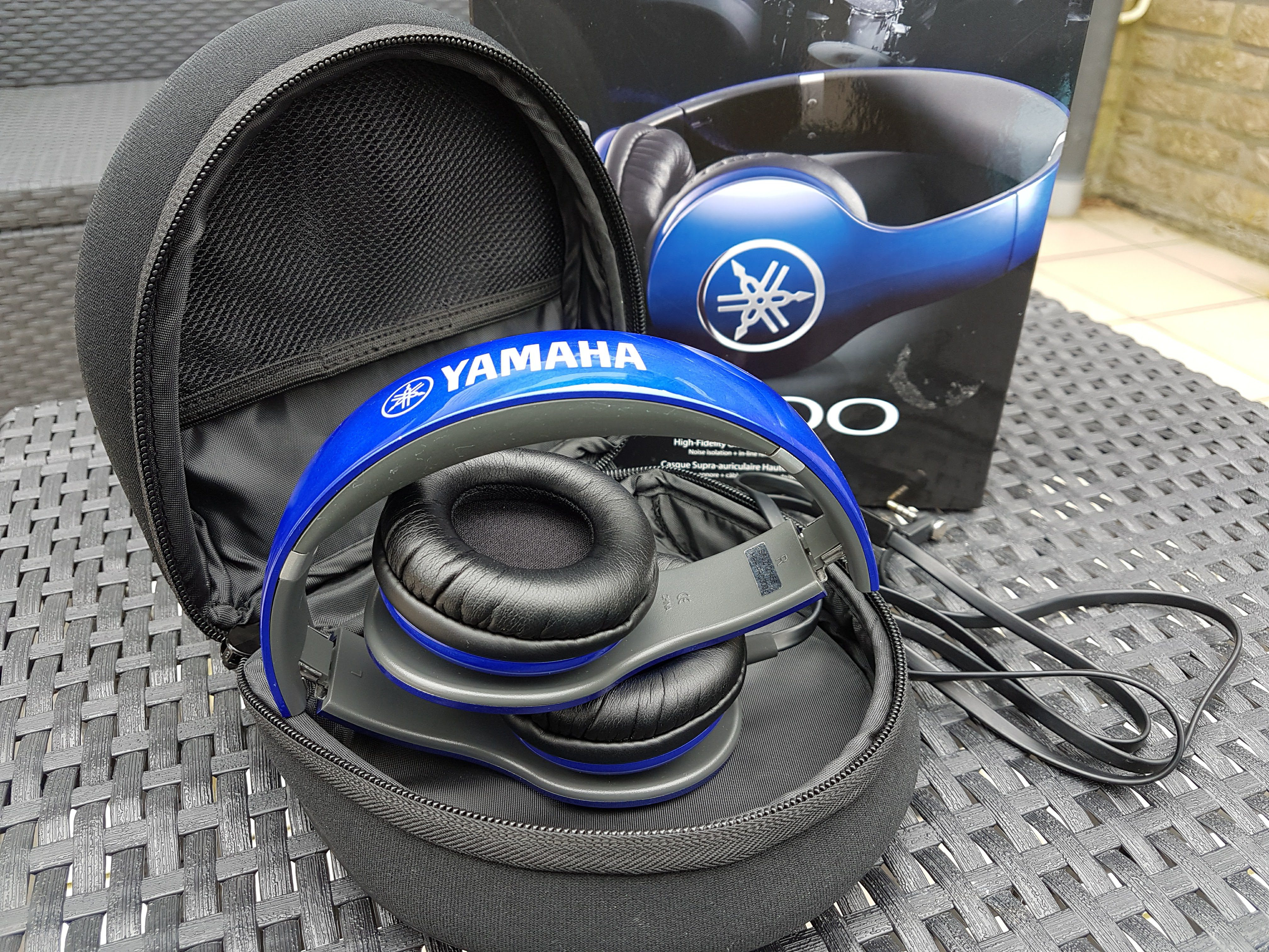 Blue Yamaha Pro 300 folded in pouch