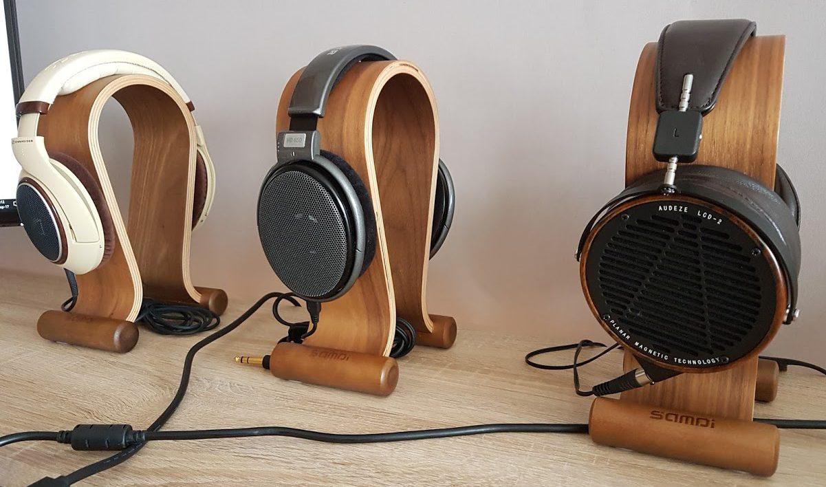 Headphone Stands by Samdi