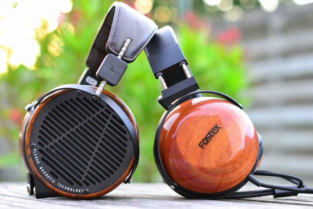 TH-X00 Closed Back vs LCD-2 Open Back Headphones